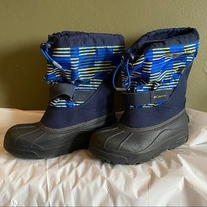 Columbia Boots Youth Size 5